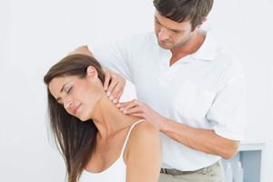 Лечение боли в шее в Израиле